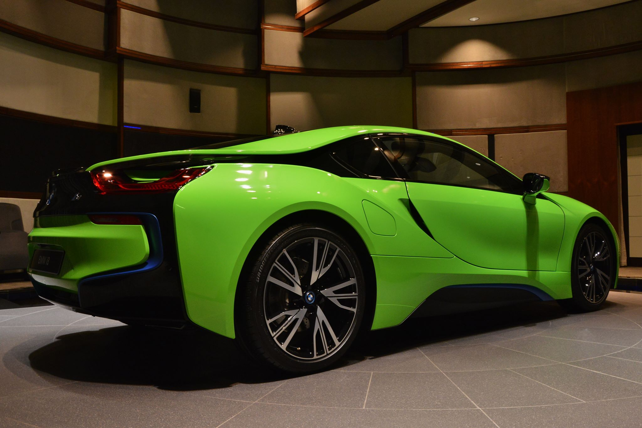 Bmw I8 In Neon Green