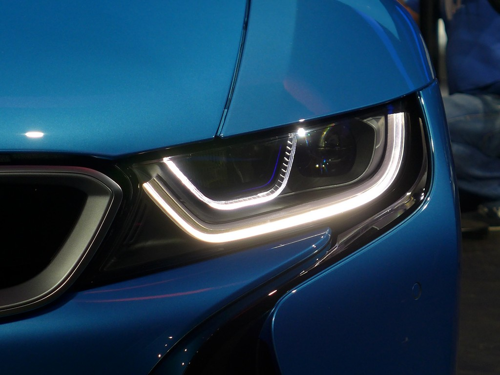 I8 Laser Headlights At Night With Video