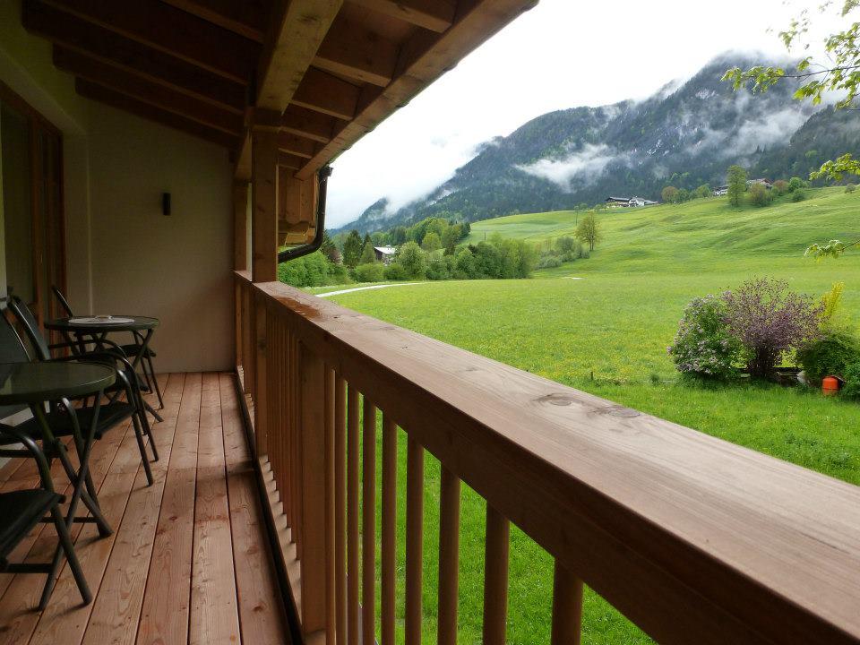 Name:  SchlossBlick Hotel near Kufstein, Austria599462_10151643354386171_1357125858_n.jpg Views: 5824 Size:  101.0 KB