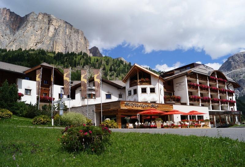 Name:  Sella  Hotel Kolfuschgerhof     10499343_704382849598048_534667051736844303_o.jpg Views: 7634 Size:  155.6 KB