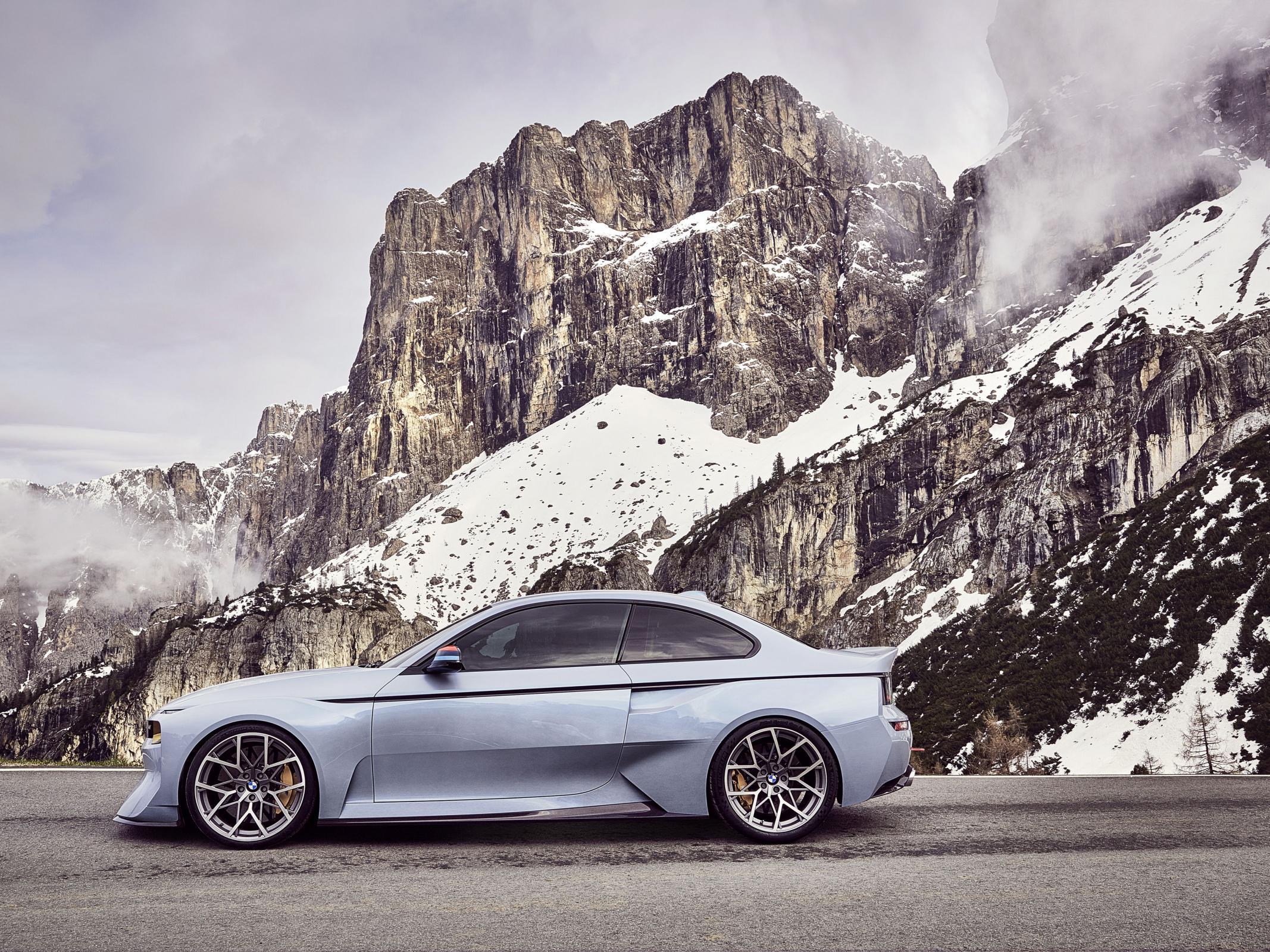 Name:  BMW_2002_Hommage_03.jpg Views: 1425 Size:  770.6 KB