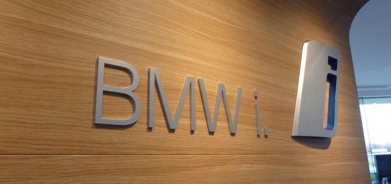 Name:  bmw-i3-logo-wall 2.jpg Views: 8087 Size:  55.9 KB