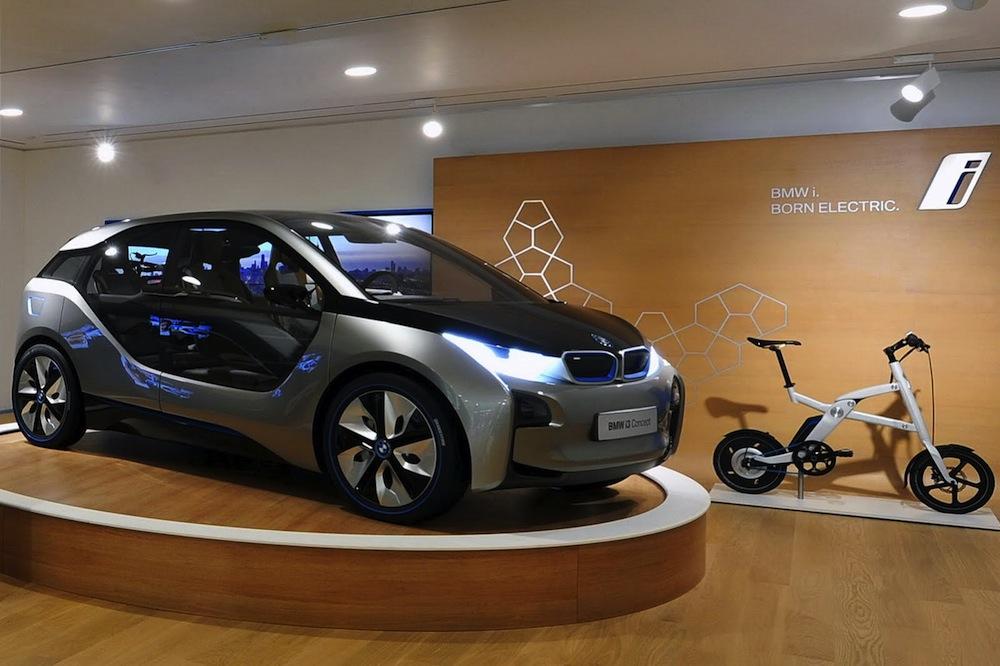 Name:  BMW-i-Store-4.jpg Views: 18749 Size:  158.5 KB