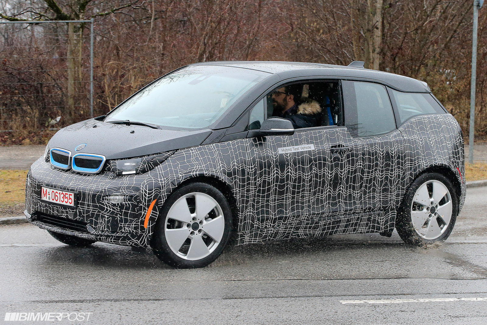 spied bmw i3 lci is coming. Black Bedroom Furniture Sets. Home Design Ideas