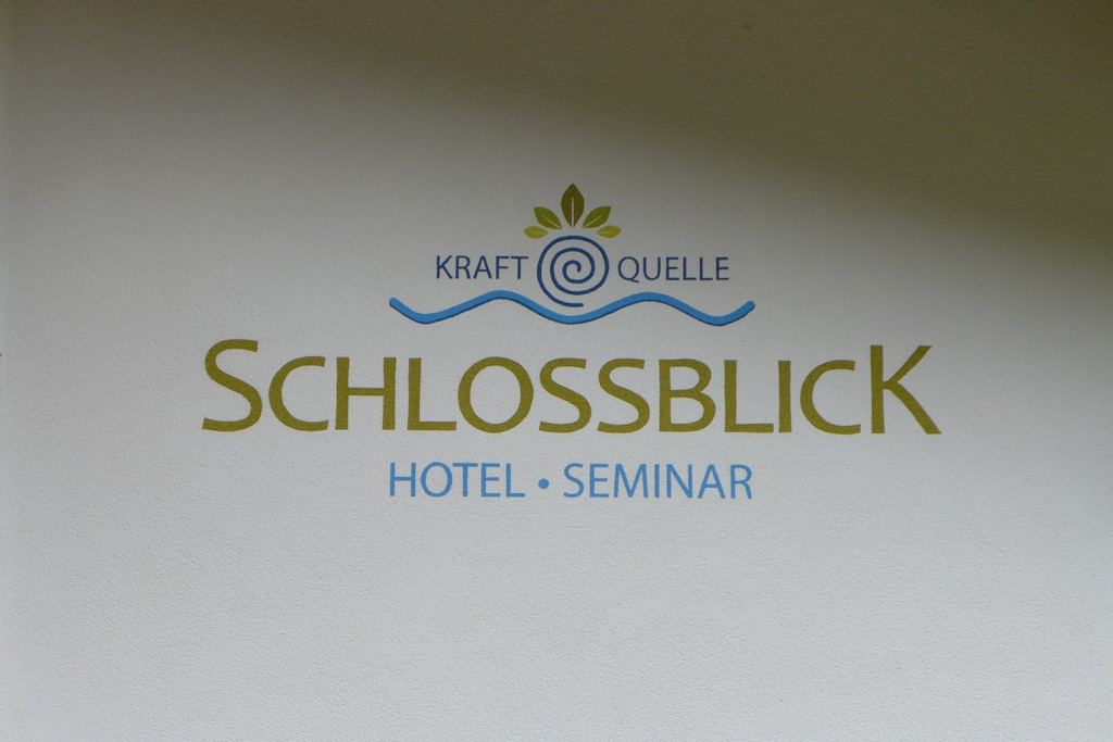 Name:  schloss Blick Hotel Kufstein   P1000990.jpg Views: 3286 Size:  144.2 KB