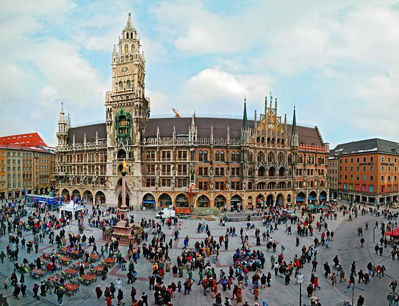 Name:  Marienplatz3279647691965_569965791_n.jpg Views: 2899 Size:  125.8 KB