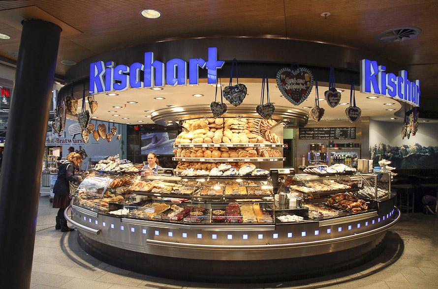 Name:  Cafe Rischart_2011.jpg Views: 2502 Size:  279.8 KB