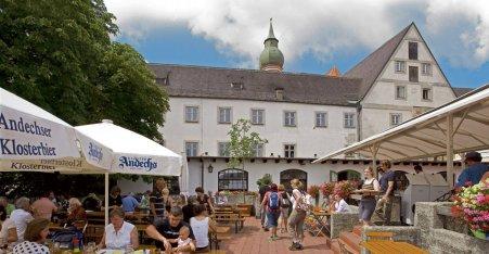 Name:  Kloster Andrechs  10_by_andechs_kloster_biergarten_roland_rossner_3_452x.jpg Views: 2542 Size:  33.9 KB