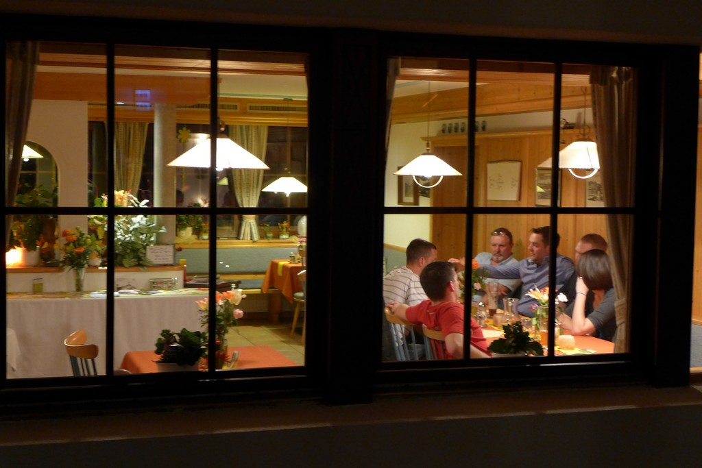 Name:  SchlossBlick Hotel near Kufstein, AustriaP1000936.jpg Views: 3249 Size:  150.4 KB