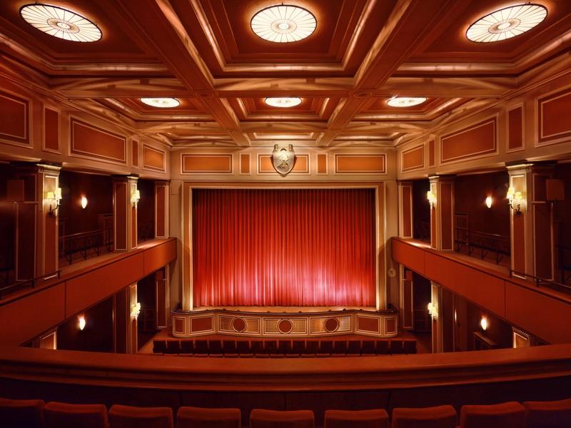 Name:  sendlinger-tor filmtheater-1.jpg Views: 2935 Size:  118.3 KB