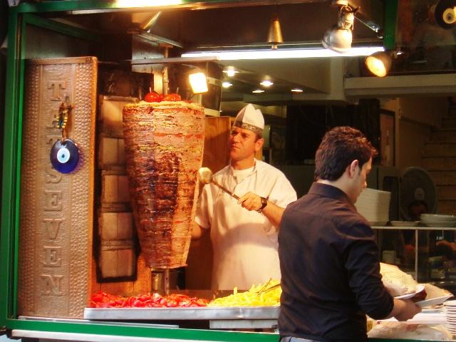 Name:  Doner_kebab,_Istanbul,_Turkey.JPG Views: 2766 Size:  153.4 KB