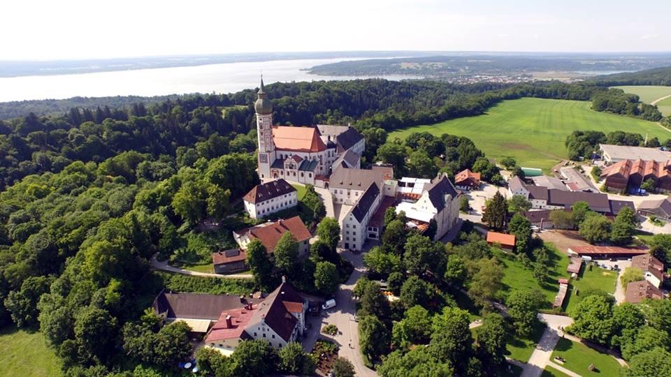 Name:  Kloster Andrechs11406952_10153334956172383_5282984285131791715_n.jpg Views: 2868 Size:  101.7 KB