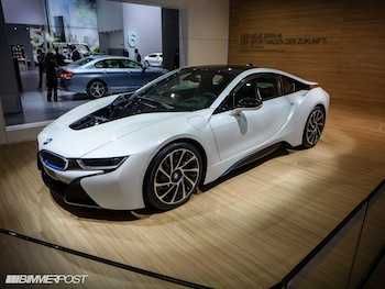 World Premiere Of The Bmw I8 Priced From 135 700 In The Us