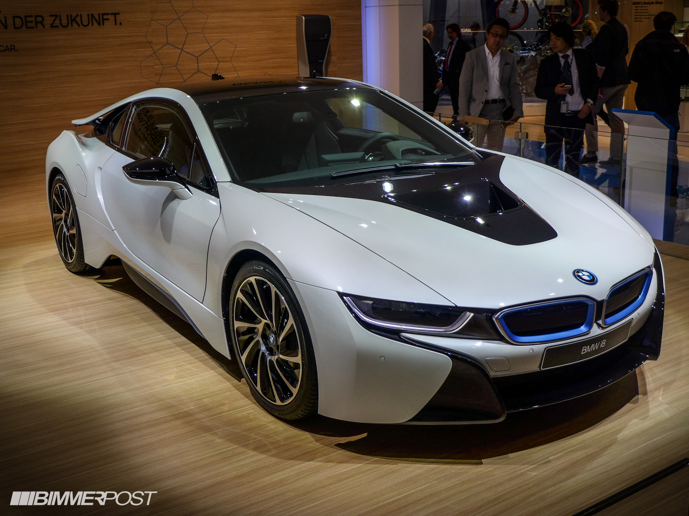 world premiere of the bmw i8 priced from 135 700 in the us. Black Bedroom Furniture Sets. Home Design Ideas