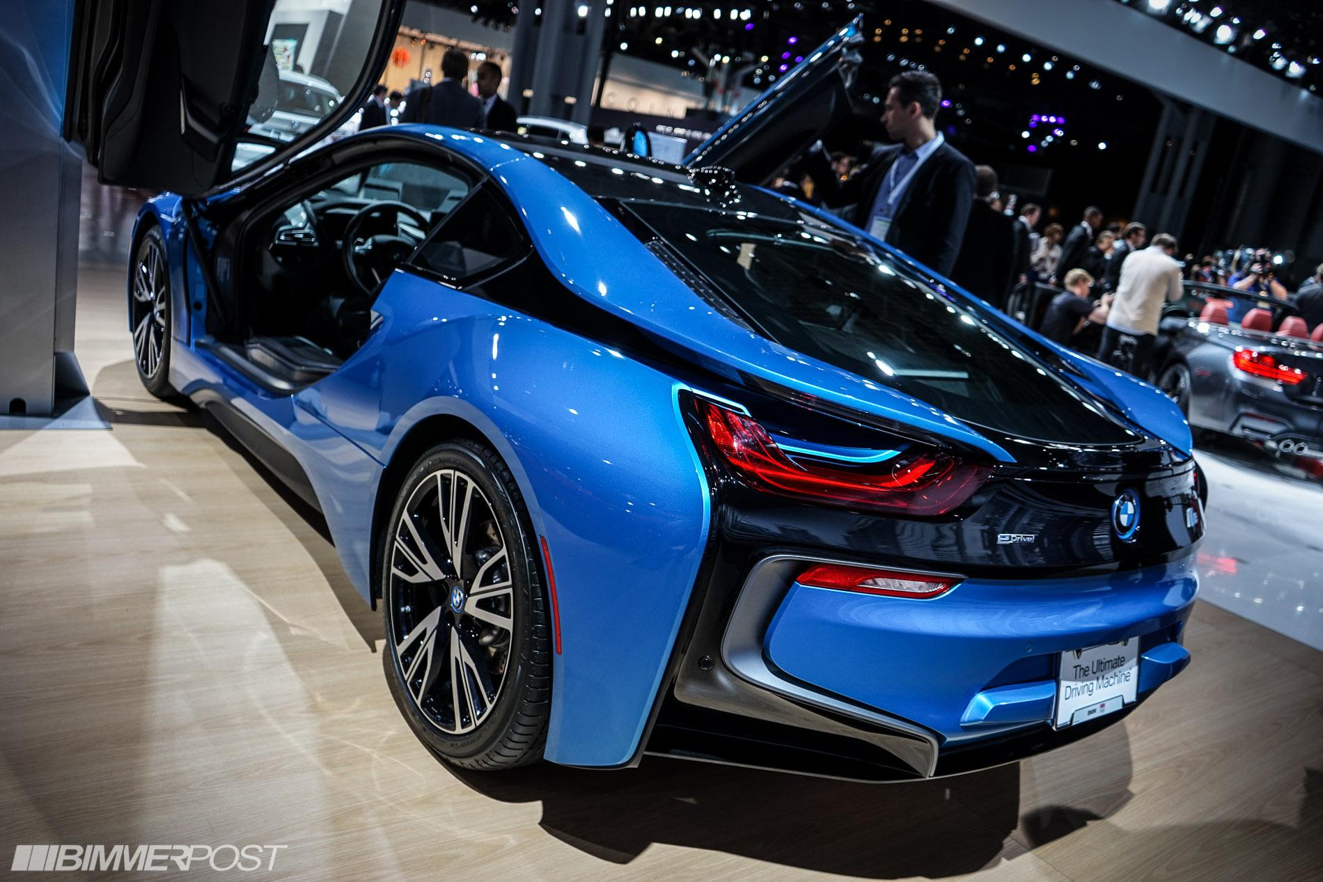 BMW M2 Cs >> 2014 NYIAS: BMW i8 in Protonic Blue
